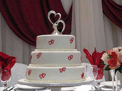 Heart Wedding Cake Monday February 14th 2011 wedding cakes 2011